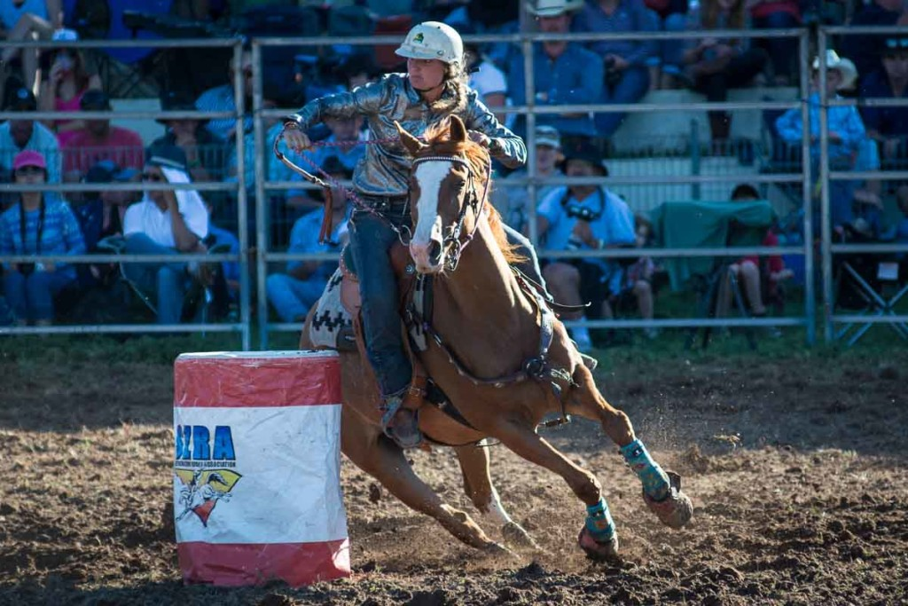 Taralga Rodeo 2015 - Barrel racing